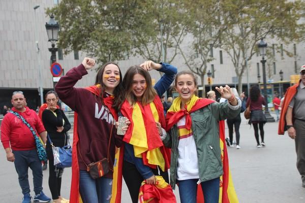 49% de catalanes votaría NO al Referéndum, 44% Sí y 70% pide reformas para frenar el separatismo