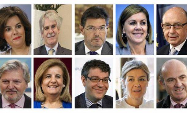 13 ministros del nuevo gobierno de rajoy han jurado sus for Ministros del gobierno