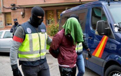 """La Policía Nacional detiene a un marroquí en Aranjuez (Madrid), """"un peligroso yihadista"""""""