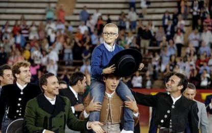 Fallece Adrián Hinojosa, el niño de 8 años enfermo de cáncer e insultado por antitaurinos