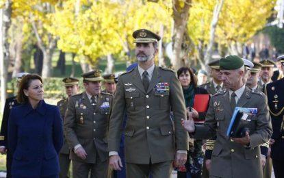 El Rey visita la base de Retamares (Madrid), el 'corazón' del mando militar de España