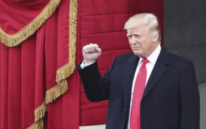 """49% de EEUU, """"totalmente de acuerdo"""" con Trump, 66% pide limitar la entrada de refugiados"""