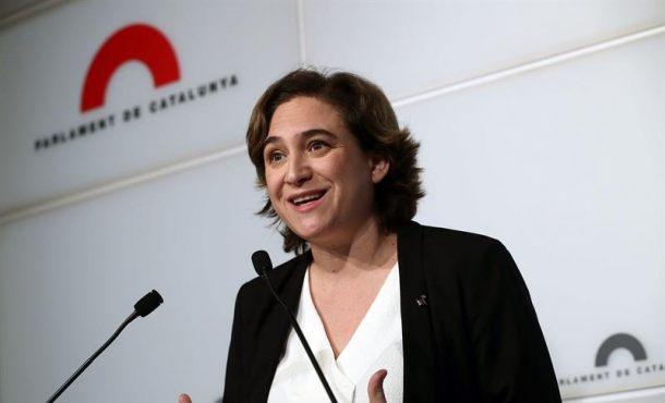 """Colau pide a la Generalidad que """"no traslade"""" responsabilidad """"con el referéndum a los Ayuntamientos"""""""