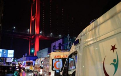 """EE.UU. condena el """"horrible"""" ataque terrorista en una discoteca de Estambul, 35 muertos y 40 heridos"""