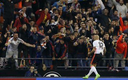 El Valencia confirma su reacción ante el líder, Real Madrid (2-1)