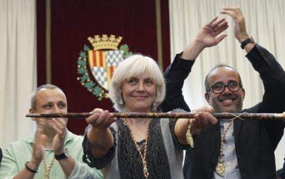 """Alcaldesa de Badalona: Albiol (PP) de """"cobra 10 mil euros mensuales"""" como concejal """"sin trabajar"""""""