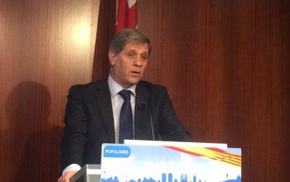 Alberto Fernández denuncia que Ada Colau recorta 132 millones de euros al año en vivienda