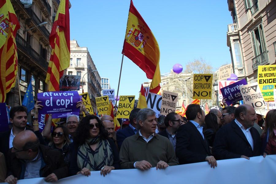 """Alberto Fernandez: """"Hay una Cataluña silenciada"""" por el separatismo del """"pensamiento único"""""""