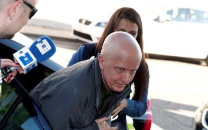 Paco Sanz, mentiroso que dice tener 2 mil tumores, estafó 250 mil € para mantener un alto nivel de vida