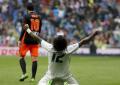 Madrid y FC Barsa prolongan el pulso por el título de La Liga y el Granada desciende oficialmente
