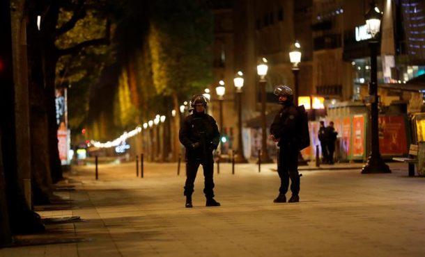 Atentado del Dáesh en Campos Elíseos, corazón de París, a 3 días de las presidenciales