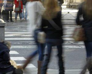 Uno de cada 5 españoles en riesgo de pobreza, con menos de 8.200 euros al año