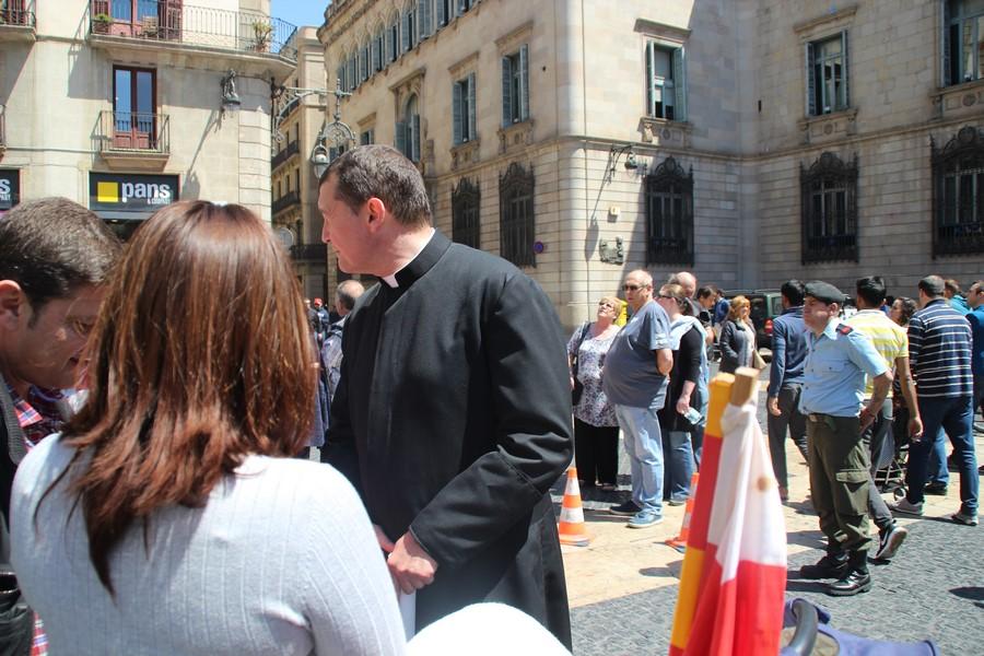 """Un cura catalán expresa su """"perplejidad y tristeza"""" ante el apoyo de Obispos al separatismo"""