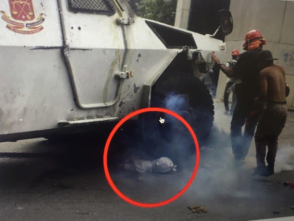 """Alberto Fernández reclama a Colau condenar el """"autogolpe"""" de Maduro en Venezuela"""