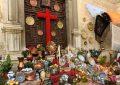 """Granada recupera las Cruces con barra, sin el """"pero"""" del botellón"""
