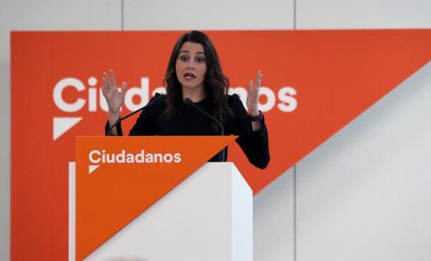 Arrimadas competirá con tres candidatos en las primarias de Cs en Cataluña