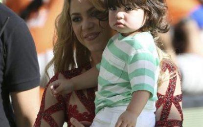 """La mujer de Piqué (Shakira): """"Es una mentira grande como una casa, mi trabajo es ser madre"""""""