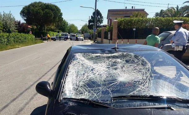 El piloto de motociclismo Nicky Hayden, atropellad por un vehículo, iba en bici y es grave