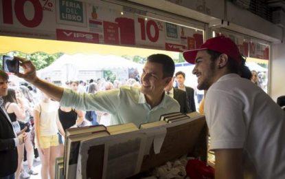 """Sánchez quiere el voto de extrema izquierda, """"me siento muy próximo a Podemos"""""""