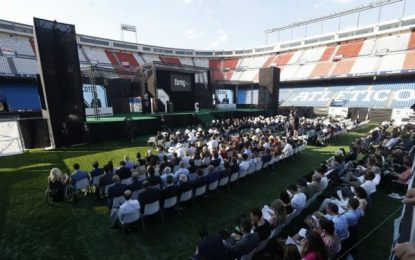 El Rey desea al Atlético que mantenga vivo el espíritu deportivo del Calderón