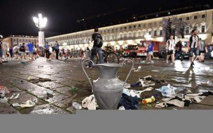 Mil heridos, 8 graves, tras una estampida durante la final de Liga Campeones en Turín (Italia)