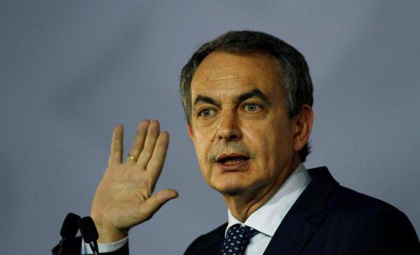 """Zapatero: El proceso separatista """"llevará por delante"""" a  Puigdemont como en su día a Artur Mas"""