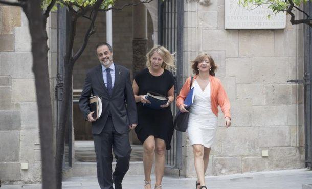 Mantienen la investigación contra Gobierno catalán sobre compra de urnas del referéndum