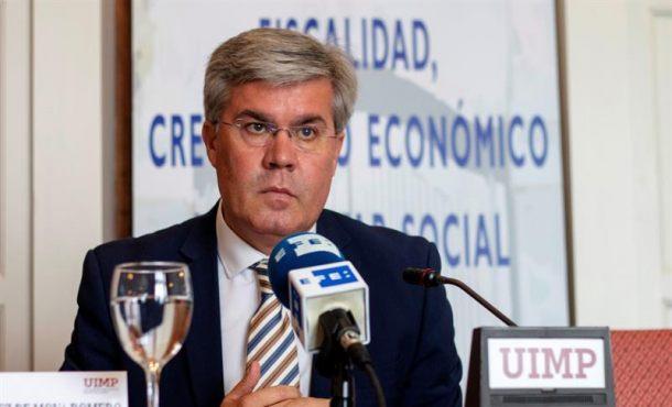 Hacienda da 24 horas a Puigdemont  para que aclare el desvío de 6.150 euros