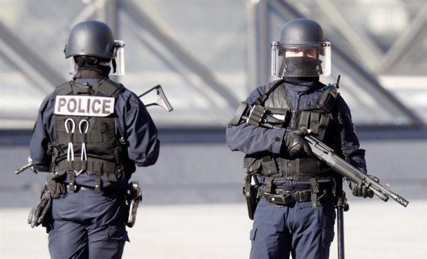 Un ajuste de cuentas enReynere (Francia) deja un muerto y seis heridos,dispararon varias ráfagas