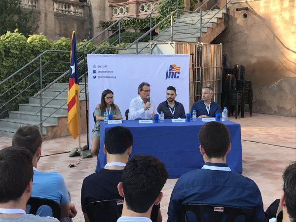 Artur Mas defiende que su Gobierno hizo mejor trabajo que el Tripartito (ERC, PSC e ICV)