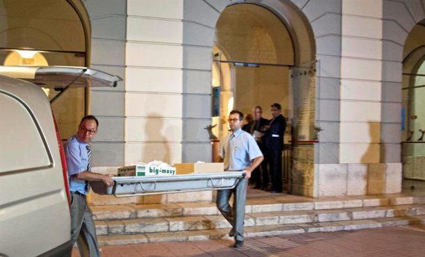 Concluye la exhumación de Salvador Dalí por una demanda de Paternidad en Figueres (Gerona)