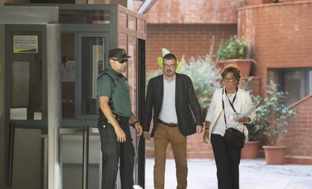Comunicación del Gobierno catalán no abre la boca durante el interrogatorio de la Guardia Civil