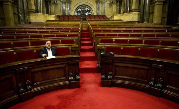 La mayoría absoluta separatista peligra el Parlamento de Cataluña y perdería entre 1 y 6 escaños
