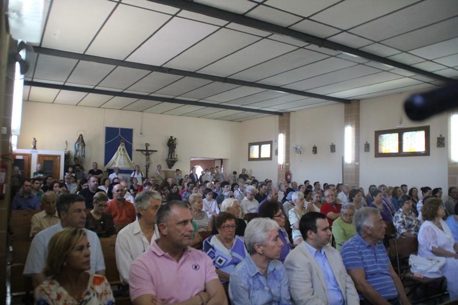 Multitudinaria Misa de apoyo a un cura catalán por su sermón sobre la homosexualidad (LGTB)