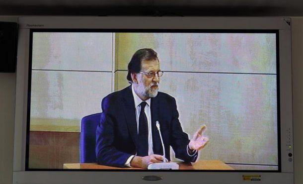 """Rajoy niega conocer la caja B: """"Mi responsabilidad es política, no contable"""""""