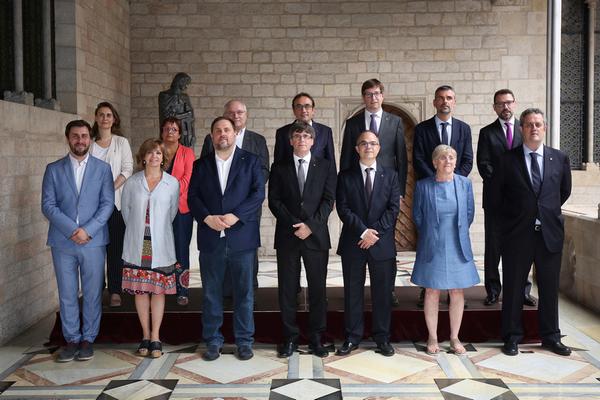 "Turull: ""Si"" Rajoy ""busca a responsables del referéndum de 1-O"", aquí estamos todos en la ""foto"""