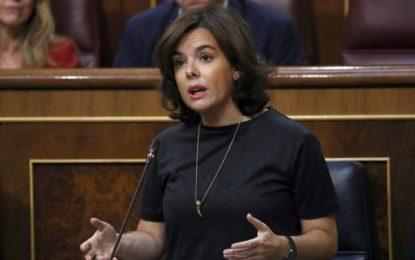 Soraya: Rajoy acogerá 500 refugiados sirios e iraquíes más cada mes durante los próximo meses
