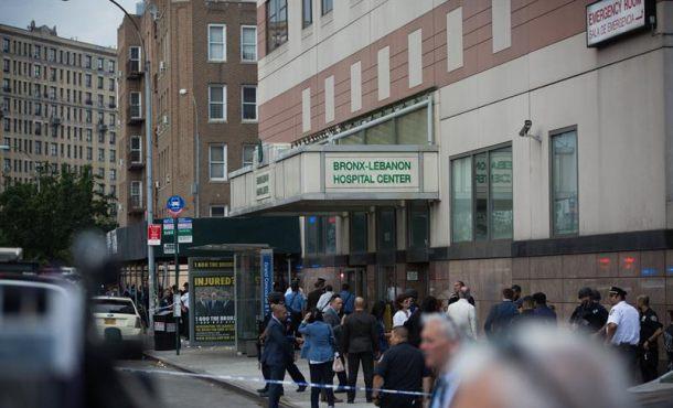 El médico atacante del hospital de Nueva York fue despedido y regresó ayer para la venganza