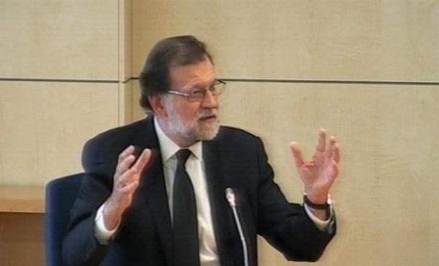 """Vídeos: Rajoy """"nunca"""" tuvo queja de Luis Bárcenas mientras fue tesorero del PP"""