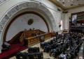 "Parlamento de Venezuela tacha de ""dictatorial"" la Constituyente chavista que amenaza a opositores"