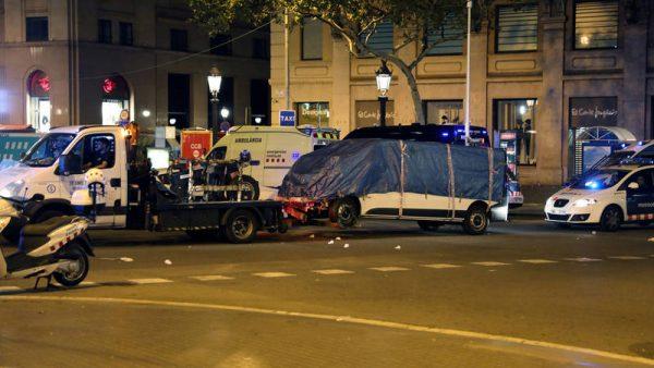 El atentado islamista de Barcelona deja víctimas de al menos 20 nacionalidades
