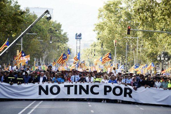 Manifiesto de la marcha «No Tengo Miedo» que camino hacia Plaza Cataluña