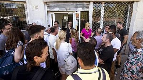 El Aeropuerto de 'El Prado' rechaza la oferta de Puigdemont e irá a la huelga indefinida