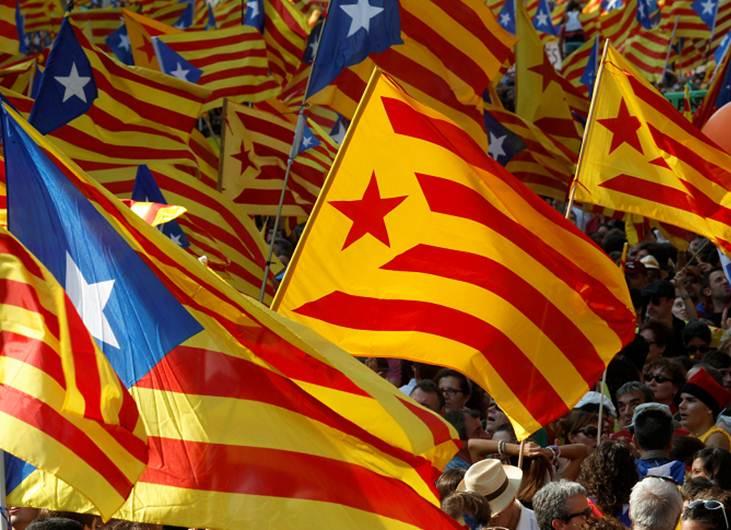"""ANC llama a responder con """"banderas"""" separatistas a Rajoy y Rey el sábado en Barcelona"""