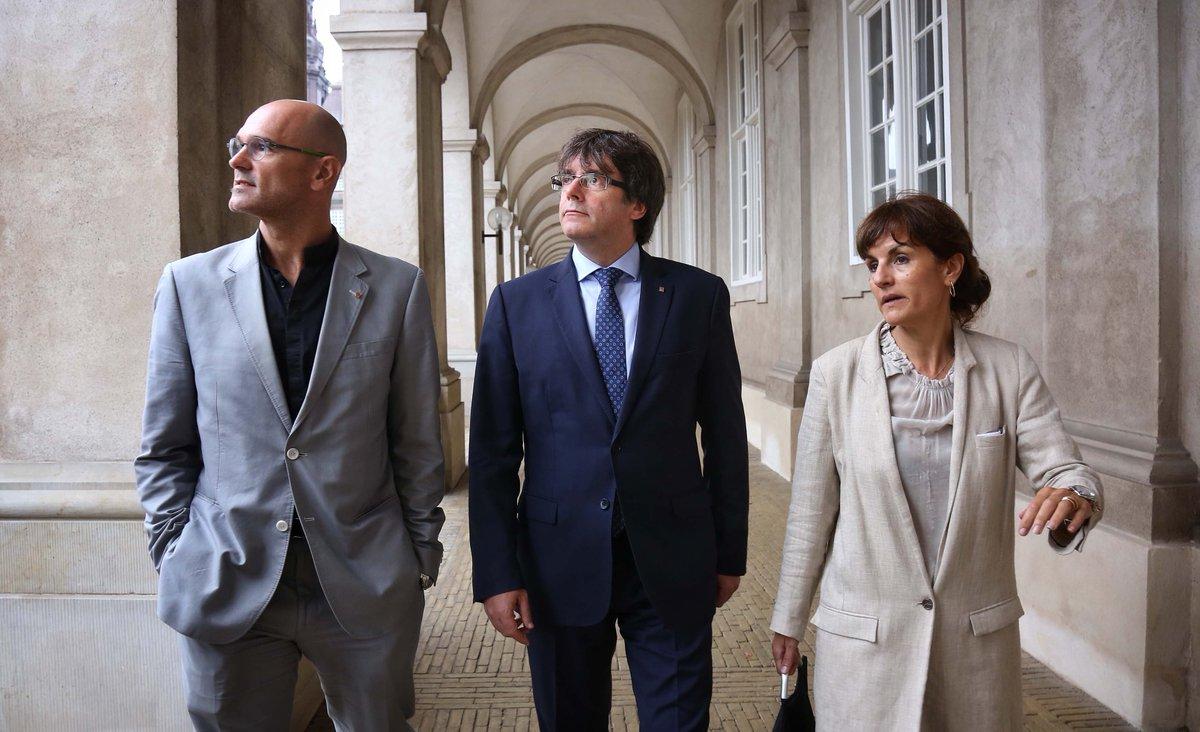 """Puigdemont: """"Habrá referéndum el 1-O en Cataluña"""" diga lo que diga el Gobierno o la """"Justicia"""""""