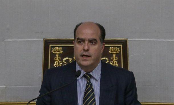 """El Parlamento venezolano denuncia el """"asalto"""" de la Guardia Nacional al Hemiciclo"""