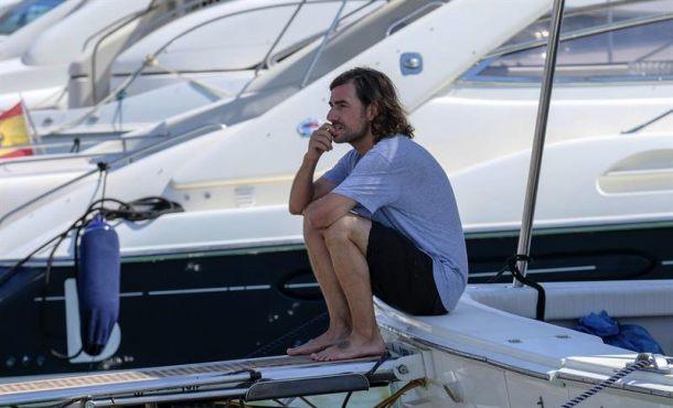 Ángel Nieto descansa ya en el mar de Ibiza después, familiares han lanzado al agua sus cenizas