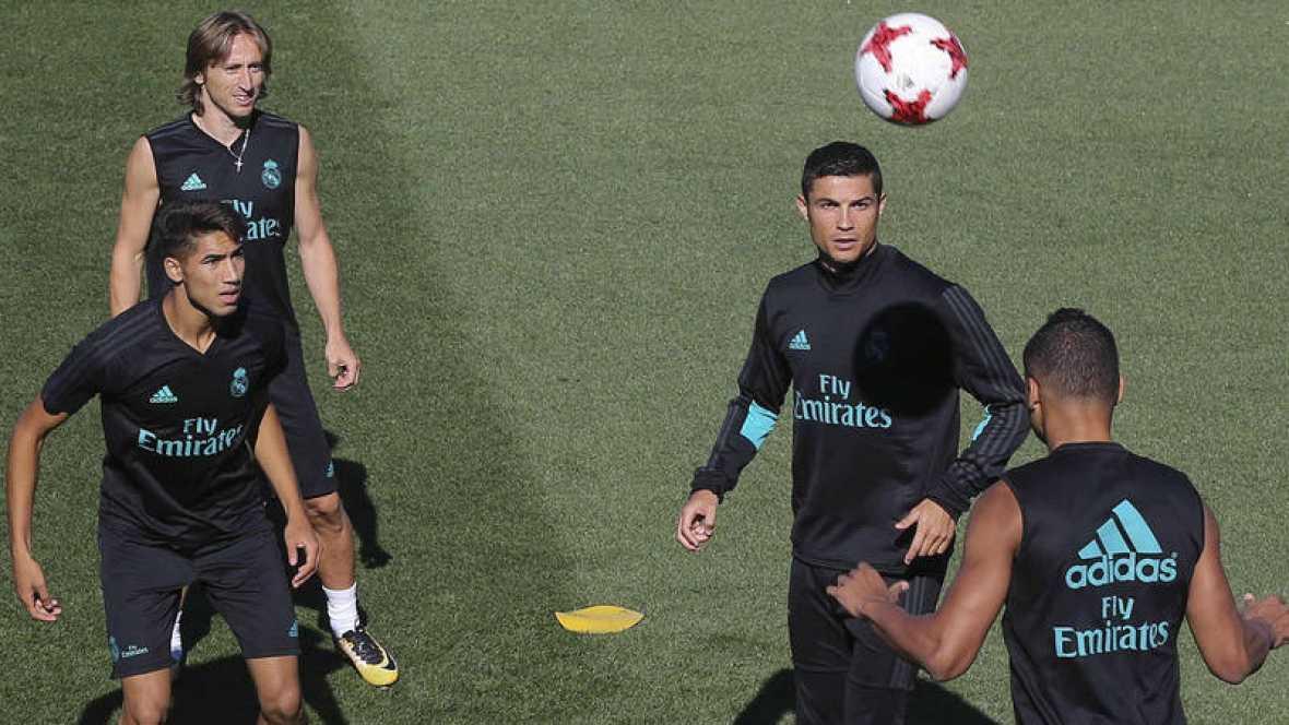 Real Madrid busca romper la racha de FC Barsa en los Clásicos hoy a la Supercopa