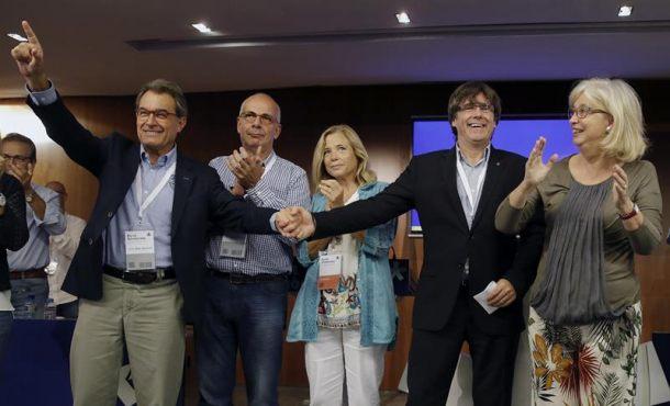 """Puigdemont tacha a España de """"Estado más autoritario"""" ante un separatismo """"fuerte"""""""