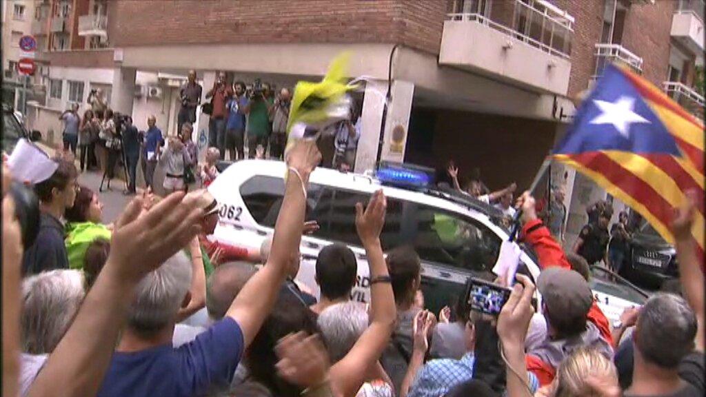 La Guardia Civil se llevaordenador del separatista de Valls (Tarragona), escondite del material del 1-O